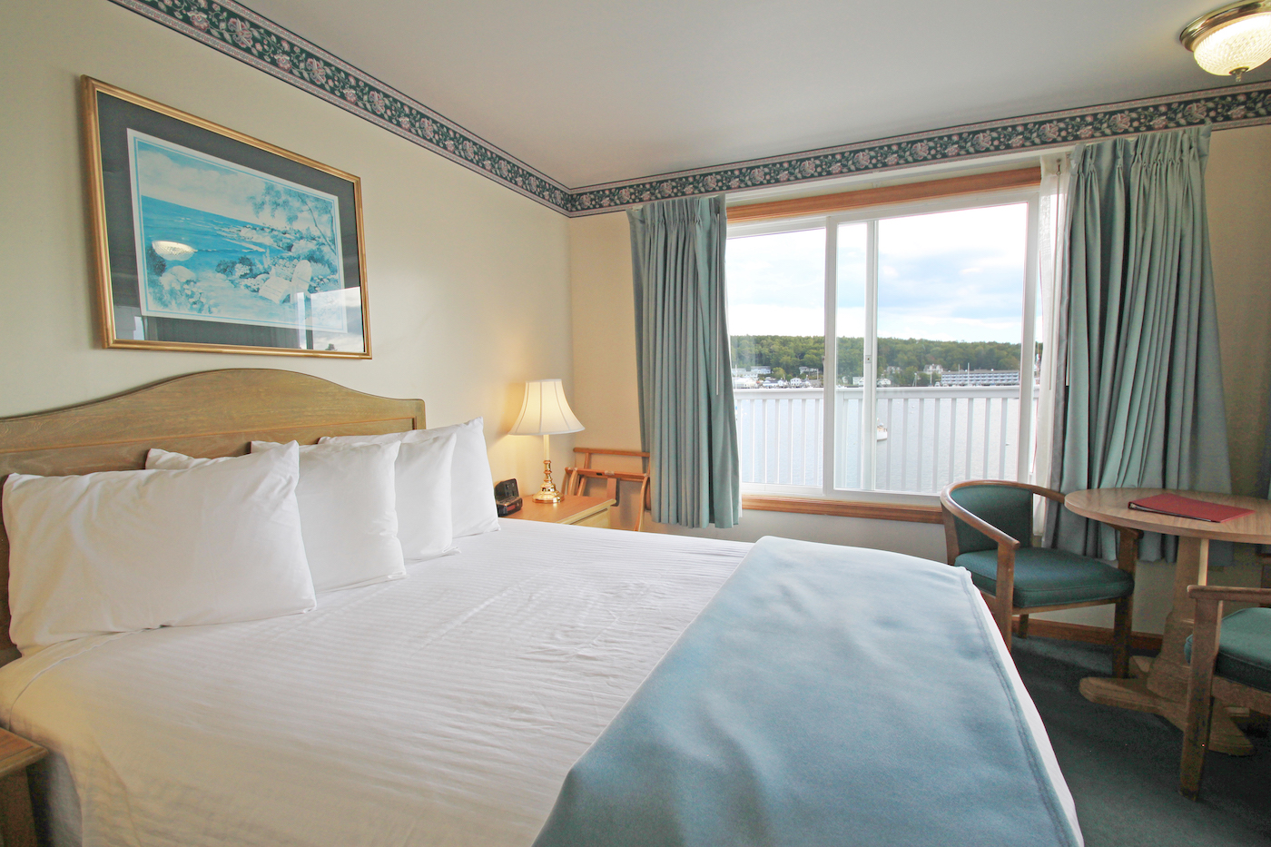 Boothbay Harbor Hotel Rates